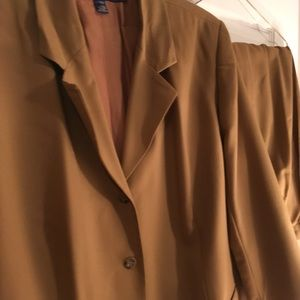 Macy's Suit size woman 24 W jacket and pants